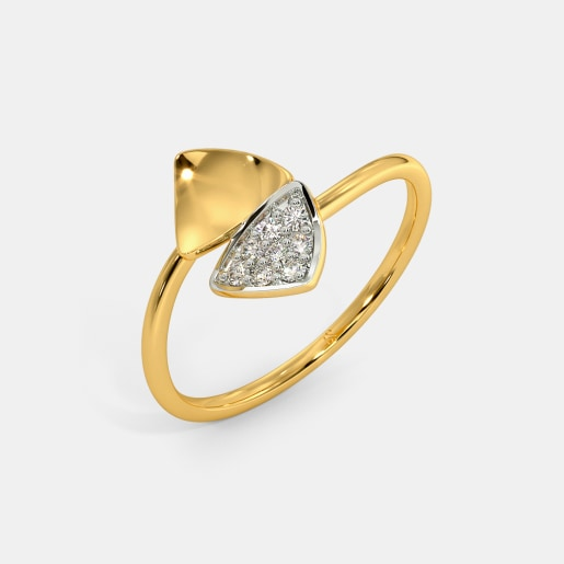 The Sleek Trigon Ring