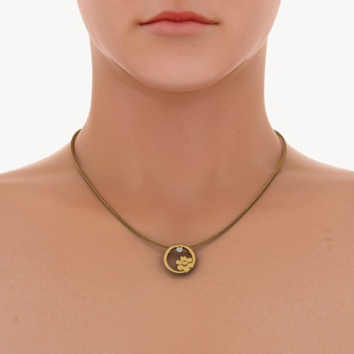 The Stryna Pendant